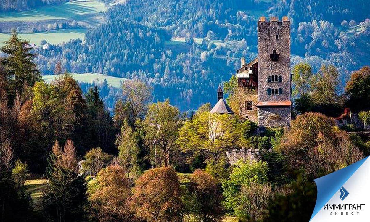 При рыночной цене замка Гайерсберг – 1 500 000 евро – цена за метр получается менее 3000