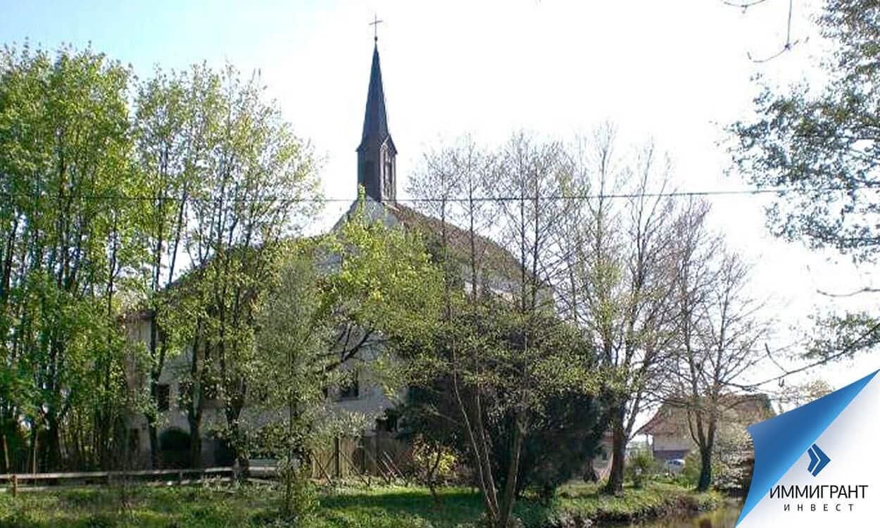 Замок Dornröschenschlaf требует ремонта, но стоит €220 000