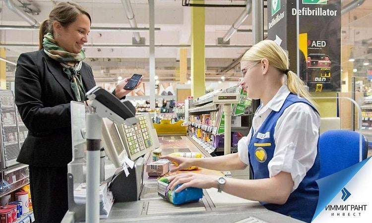 НДС включается в стоимость товара или услуги, а задача предпринимателя – вовремя подавать отчетные документы